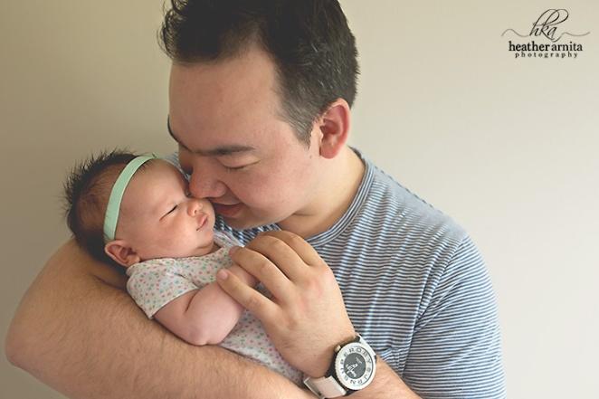 columbus ohio lifestyle photographer dad with baby web