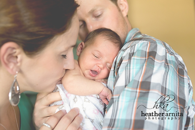 newborn lifestyle session mom dad and baby