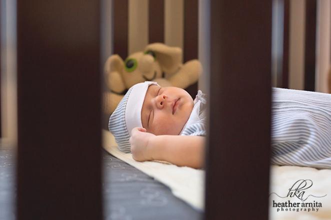 columbus ohio newborn photography baby in crib