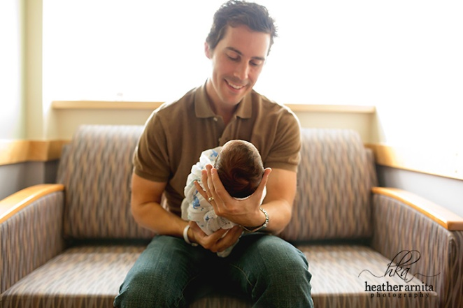 columbus ohio fresh 48 dad holding baby couch web